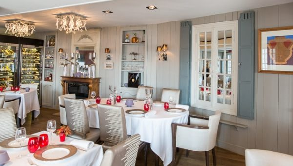 les-flots-2485-salle-1-@ChateauxetHotelsCollection